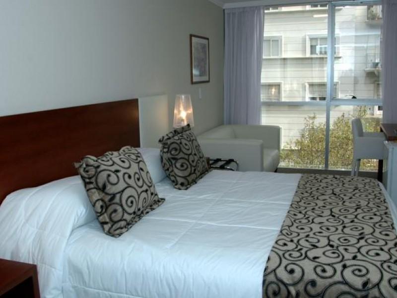 Palm beach plaza hotel for Habitaciones sobre el mar